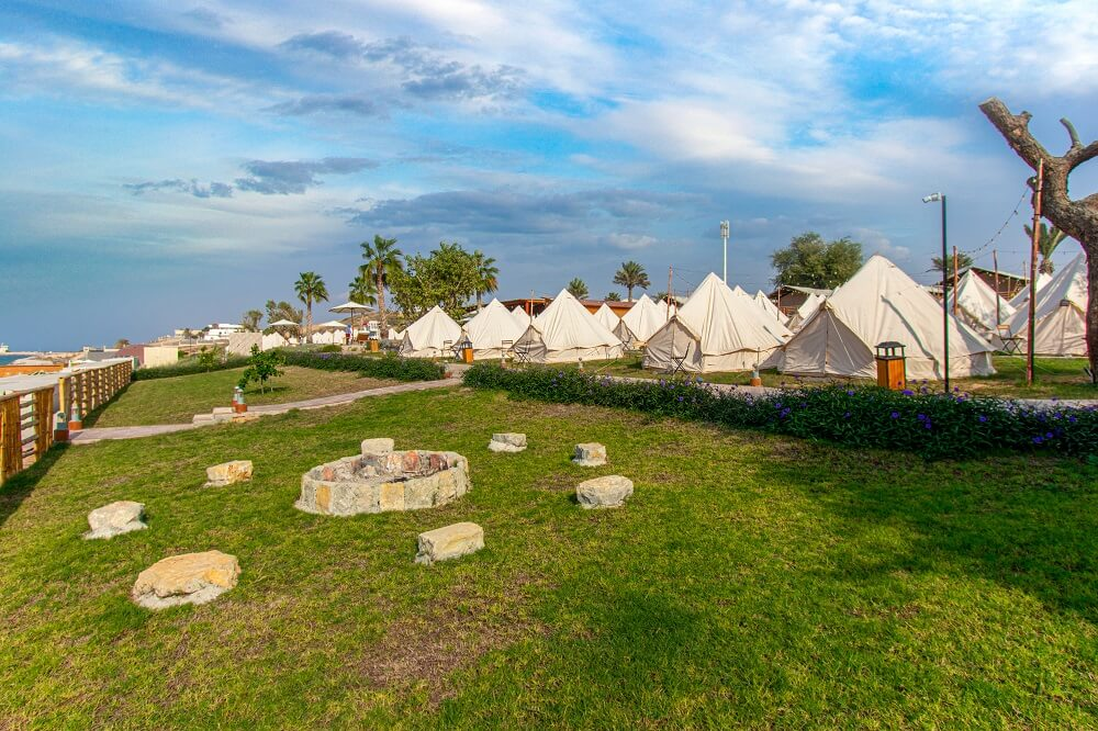 Campground on BM Longbeach with authentic family tents
